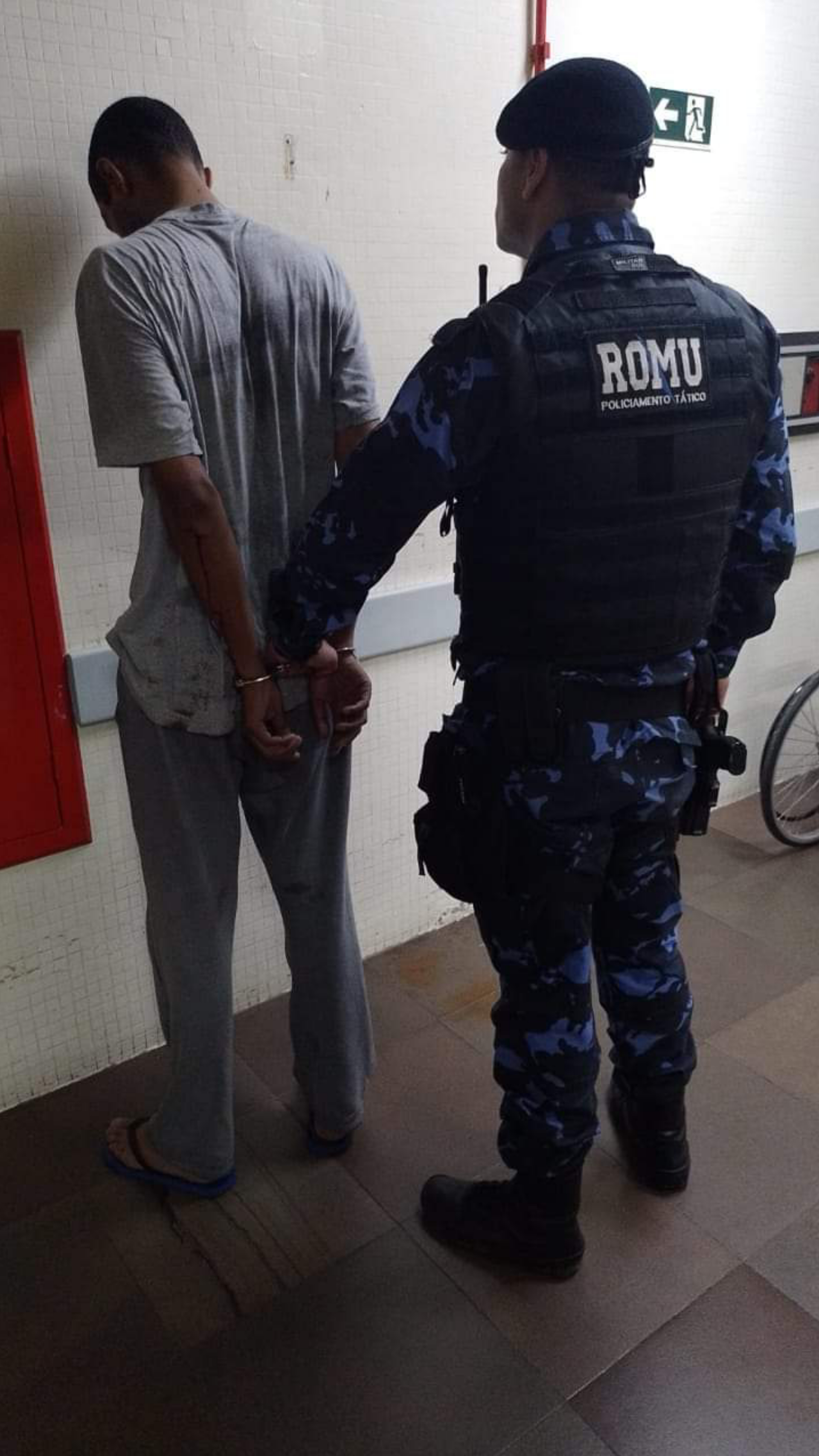 O Covarde Fdp sendo preso pela ROMU. Parabéns, Guerreiros!